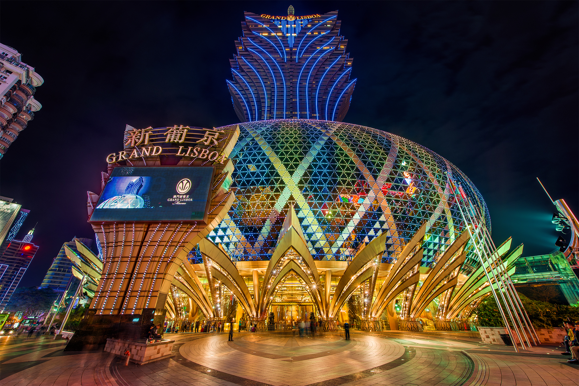 Macau casino revenue falls for the third straight month, why?